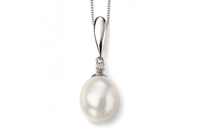 9ct White Gold Freshwater Pearl & Diamond Drop Necklace