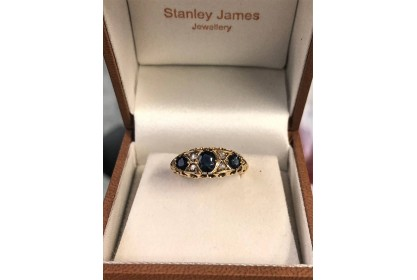 18ct Yellow Gold 1912 Sapphire & Diamond Ring
