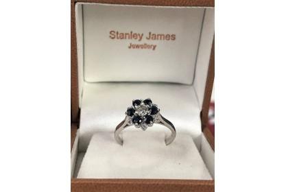9ct White Gold Sapphire & Diamond Star Ring